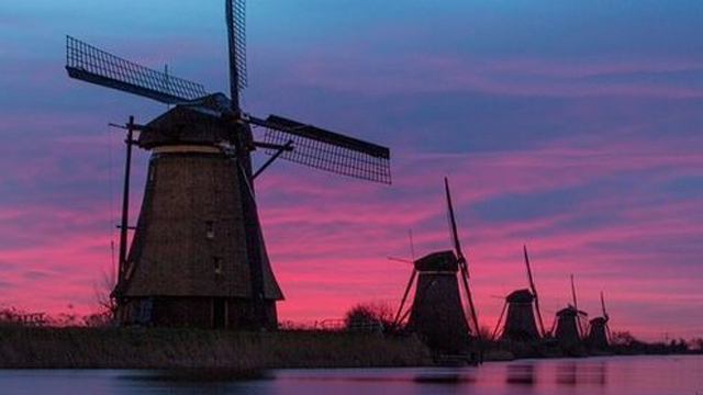 holland-windmill